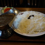 キャラウェイ - 料理写真:760円『カレーライスビーフ(ライス普通) (サラダ付き)』2014年5月吉日