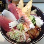 27512831 - 海鮮丼アップ