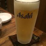 まるた小屋 - 生ビール