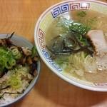 Fukuyoshitei - ミニチャーシュー丼セット