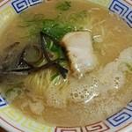 Fukuyoshitei - 豚骨ラーメン