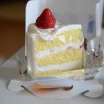 かぶと洋菓子店 - ショートケーキ420円
