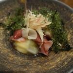 旬喜酒楽 はる田 - 酢のもの:ホタルイカ、海ぶどう、うどの酢味噌和え