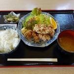 遊神館 - 鶏の唐揚げ定食
