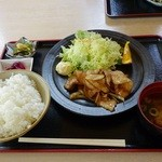 遊神館 - 群馬麦豚生姜焼き定食(ごはん大盛)