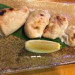 東寿司 - フグの白子焼き