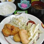 海鮮呑屋 うさぎ小屋 - お子様ランチ唐揚げ・カニクリームコロッケ・ポテト等