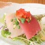 糸満漁民食堂 - しびれ醤油で食べる刺身