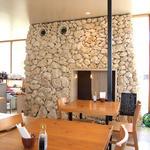 糸満漁民食堂 - かまくらの様な個室