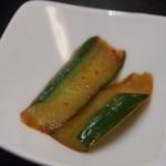 中国菜 香味 - 四川麻婆豆腐ランチ 胡瓜の漬物も辛い