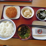 川西みなみ食堂 - 朝食セット + ミンチカツ