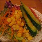 開成館 - オムライスのサラダ