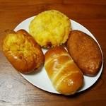 テクノパン - 味噌かつパン・白身魚のトマトソース・北海道コーンポタージュ・テクノカレーパン