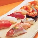山陰旬華 新鮮組  - 特選地魚握り盛り。お寿司も大将こだわりの逸品です!