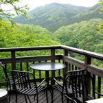 山のレストラン - テラス席♪