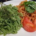 味の彩華 - トマトとほうれん草のつけ麺