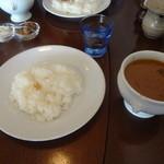 シーサー  - スパイシーカレー(激辛)、小盛り(ライス)