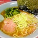 山下家 - 正油ラーメン (600円)