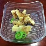 鮨亭 笹元 - 破竹とサバのなまりの煮付け!なんの変哲もないカンジなのに、このちょこっとが絶妙な味わい!