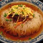 アリラン - アリランの冷麺(大) 麺がツルツル!