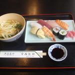 マルヒロ - 料理写真:すし定食 735円