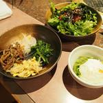 和牛・焼肉・食べ放題 肉屋の台所 - コースの盛り合わせ3