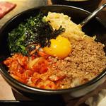 和牛焼肉食べ放題 肉屋の台所 - ビビンバ