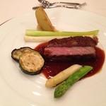 ラシーヌ -  肉料理