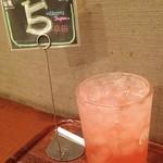 Cafe MOCO - レモネード  コカコーラのディスペンサーなので、 ハイシーのピンクレモネードかと。