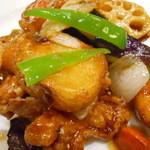 大戸屋 -  鶏と野菜の黒酢あん