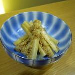 なか屋 -  ごぼうのたたき ¥350(税込¥378)