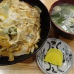 そば元 - カツ丼820円