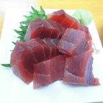 魚介 -  生マグロ280円(税別)