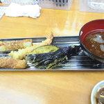 魚介 -  天麩羅~海老、なすび、ちくわ