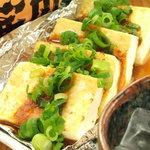 駅前酒場 赤まる -  豆腐ステーキ
