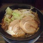 ら~めん工房 海 -  キララブラック(醤油)