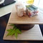 27599854 - 前菜の手捏ね寿司