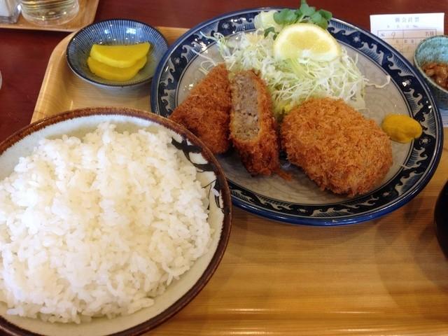 マンプク -  メンチカツ、コロッケ定食