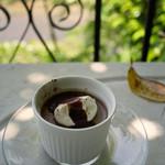 カフェ モーツァルト アトリエ -  ランチオプションのババロア