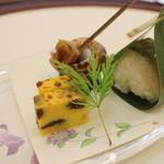 日本料理 ぎん -  黄身よせ真丈、鯵笹寿司、バイ貝旨煮