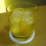 なか屋 -  梅酒ロック ¥370(税込¥399)