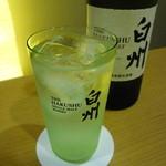 なか屋 -  白州ハイボール ¥600(税込¥648)
