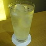 なか屋 -  レモンサワー ¥430(税込¥464)