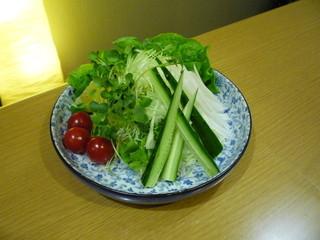 なか屋 -  グリーンサラダ ¥540(税込583)