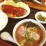 万龍 - サービスセット 肉玉定食と半ラーメン(^^)
