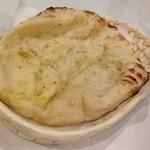 ◆ガーリックナン Garlic nan