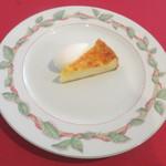 アルカション -  チーズケーキ ミントアイス添え
