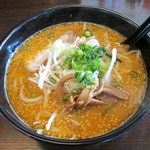 味噌蔵 麺次郎 -  麺次郎ラーメン(濃厚ゴマみそ)
