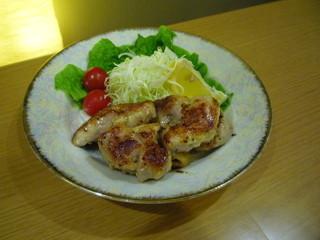 なか屋 -  とりの唐焼き ¥520(税込561)