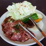 焼肉 とんがらし -  肉と野菜(*^^*)